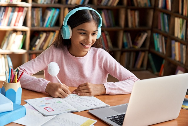 HP introduces unique AI powered digital solutions to transform learning for students & teachers